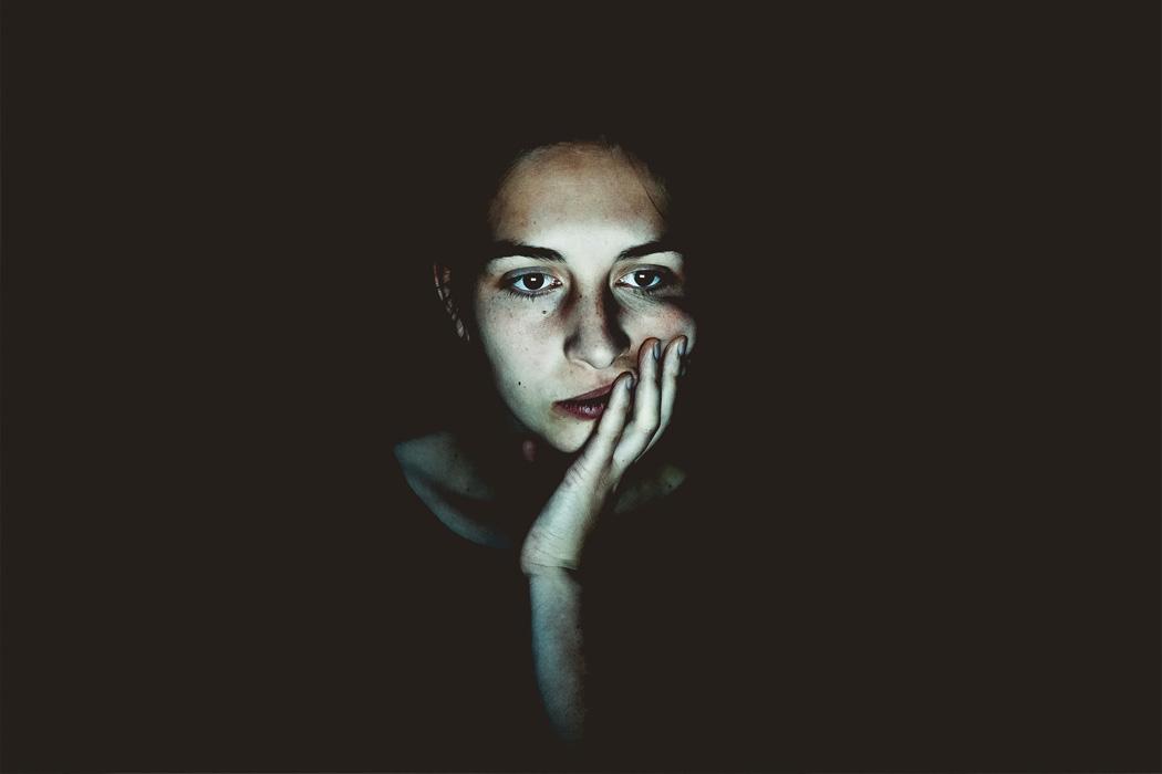 چگونه دلمرده نمانیم؟ غول افسردگی را شکست دهیم - مشاور کو
